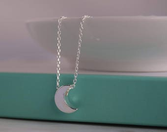 Dainty Moon necklace. Sterling Silver Moon necklace. Silver Crescent Moon necklace. Minimalist necklace. Layering necklace