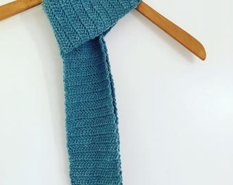 Men's Crochet Herringbone Scarf
