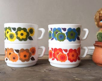 Arcopal Lotus Cups & Saucers,  Retro Floral Pattern Soup Cups , Coffee Cups 70's French Pyrex Kitchenware