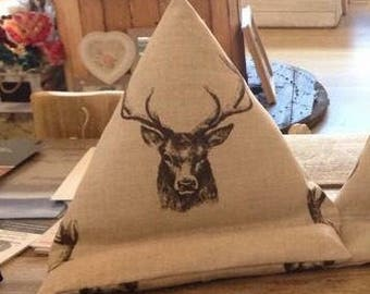 Ipad Stand, Stags, cushion, holder, pillow, rest, Tablet, eBook, eReader, Smartphone, Holder, Stand, Beanbag, Practical Cushion, support