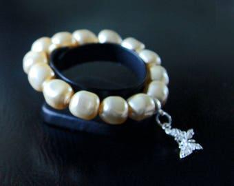 Swarovski bracelet large pearls Baroque Light Gold.