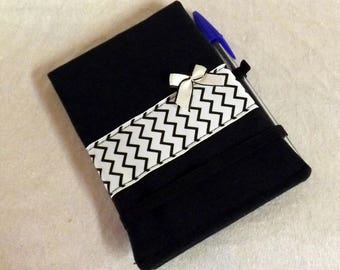 "Black ""Handy"" A6 notebook cover in zigzag"