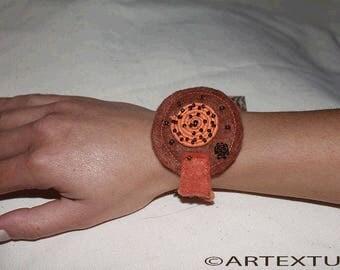 Bracelet round felt ocher and orange/REF BRAF9