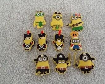 Lot 10 jibbitz Minions (badges for fangs)