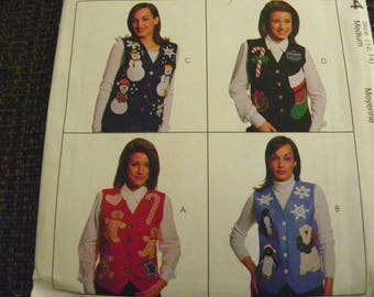 Vintage Sewing Pattern - McCall's 8484 Creative Clothing - Misses' Lined Vests With Winter, Christmas Appliques - Size 12 - 14