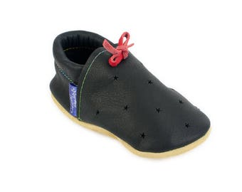Leather toddler shoes / Australian handmade soft soles / Eco-friendly rescued leather / Feet shaped barefoot footwear
