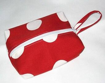 Rectangular clutch red striped 18 x 12 x 3, 5cm