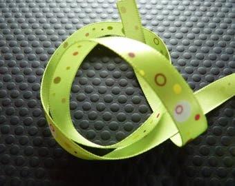 Green Ribbon printed dots pattern