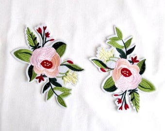 Iron on Cavo Flower Patch,2PCS.White Flower Patch ,Embroidery Flower Appliques, Iron On Embellishment, Fashion  Crafts,Costume Decorations