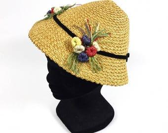 Vintage 1950s straw and raffia flowers tilt hat