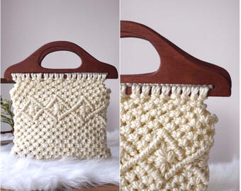 Vintage Crocheted Handbag/Purse with Wooden Handles