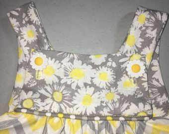 Sun flowers and polka dots
