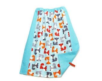 "Towel canteen elasticated bib kindergarten, nursery towel ""Little foxes"""