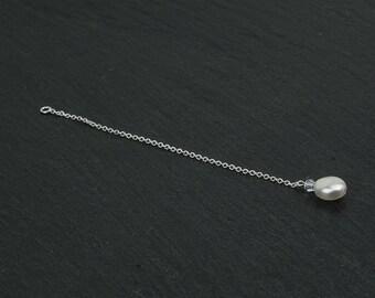 NAOMI bridal bbackdrop with a Swarovski crystal clear bead and a Swarovski white pearl