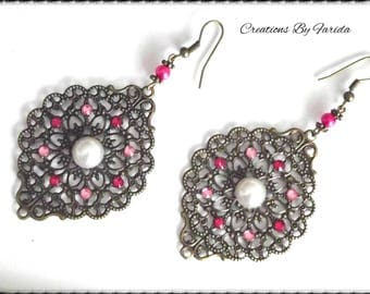 Earrings bronze pendant with a print and pink rhinestones