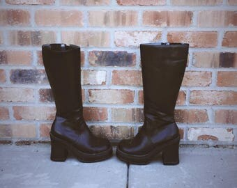 90's Chunky Platform Boots Size 6.5 Candies Club Kid