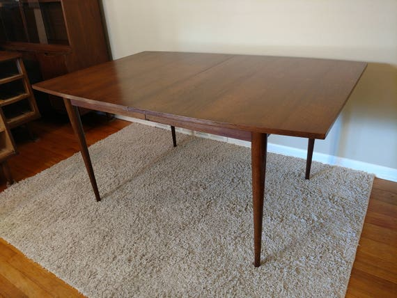 Mid Century Broyhill Sculptra Dining Table Expandable To 84