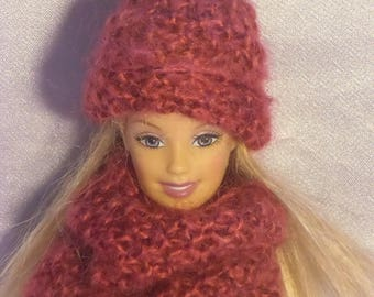 49 Beanie and snoud dolls Barbie type