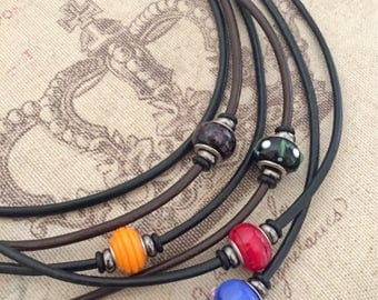 Leather necklace with Lampwork bead