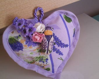 Lavender scent with midi cicada