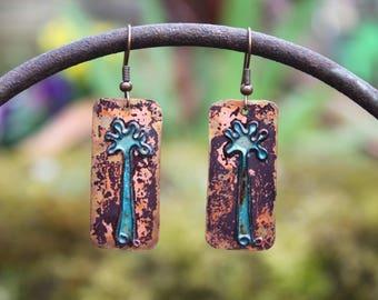 Boucles d'oreilles - arbres bleus-  émaux sur cuivre