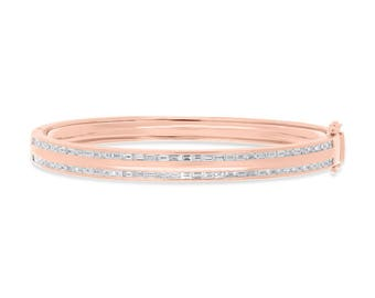 Unique Woman Real Baguette Diamond 14k Rose Gold Bangle, 1.67 CT 14K Rose Gold Baguette Diamond Bangle With Clasp