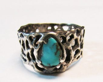On Sale Vintage Estate  Silver Organic Modernist Turquoise Southwestern Band Ring