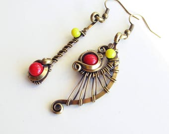 Ethnic asymmetrical earrings - red / yellow - brass