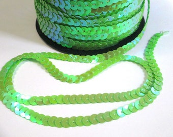 3 m tape 6mm Green sequin trim