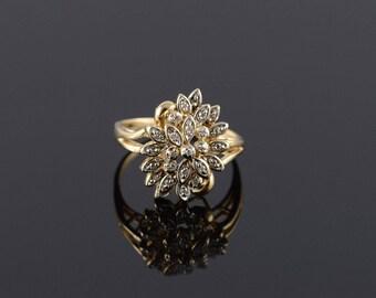 14k 0.20 CTW Diamond Cluster Flower Ring Gold