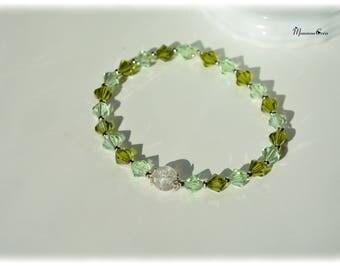 Dark and light green glass pearl bracelet