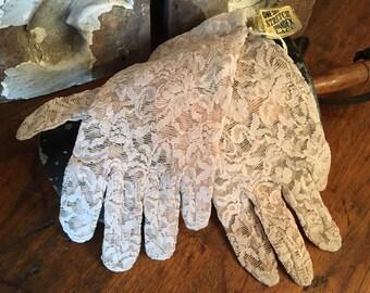 Vintage Lace Gloves-Lace Gloves-Wedding Gloves-Spandex Lace Gloves-Vintage Gloves-Gloves Sears Roebuck and Co.-Vintage Wedding Gloves