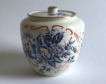 A Crown Devon Fieldings Rosamund Pot and Lid