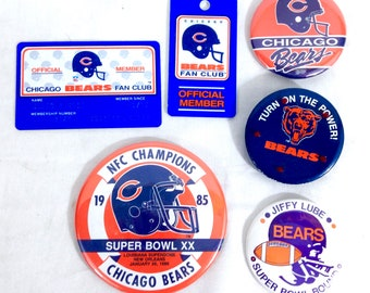 Vintage 1985 NFL Chicago Bears Fan Club Cars member & Badges #A14