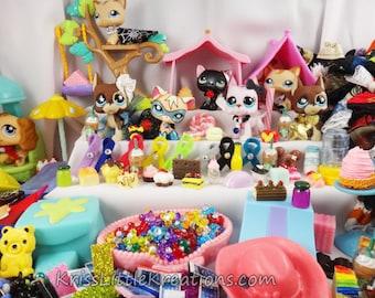 Littlest Pet Shop *New Items* Accessories Lot Custom LPS Cloths Random Grab Bag Starbucks Fidget Spinner Food (Pets NOT Included)
