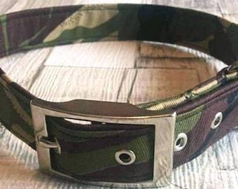 1 x  Handmade green/Brown camoflaurge dog collar with silver metal buckle