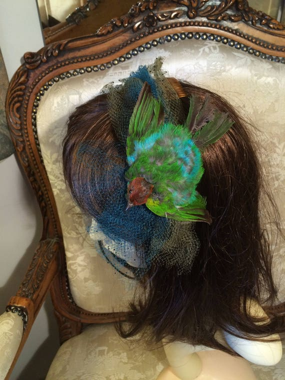 Rare reed crawford real bird hat. Good condition. 50's vintage. Blues and greens. Nets