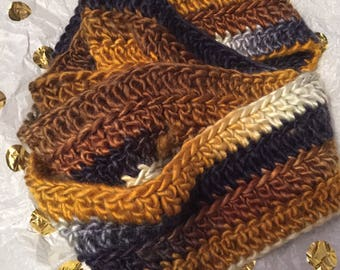 Handmade scarf in gold and blue