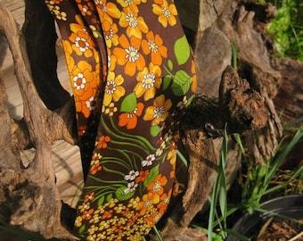 clearance SALE Vintage 1960s Men's Hippie Flower Necktie
