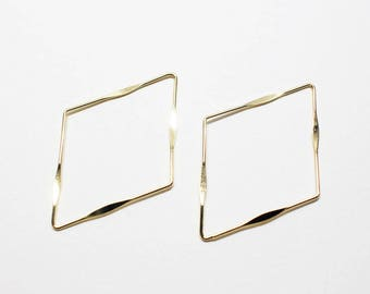P0755/Anti-Tarnished Gold Plating Over Brass/Pressed Rhombus Pendant Connector/40x27.5mm/4pcs