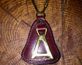 VINTAGE ETIENNE AIGNER Leather and Brass Key Ring