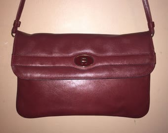 ETIENNE AIGNER VINTAGE Handmade Oxblood Leather Shoulder Bag W/Mirror