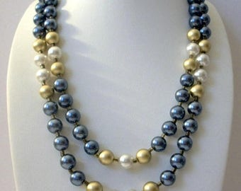ON SALE Vintage 1950s JAPAN Glass Pearls Double Strand Necklace 61416