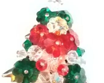 Vintage Beaded Christmas Tree Pin Brooch Beautiful