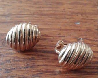 Gold Tone Lined Egg Shape Clip Earrings