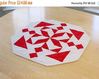 ON SALE Red Table Topper, Bright Red and White Quilted Table Decor, Geometric Modern Table Runner, Contemporary Quilt Decor, Star Table Mat