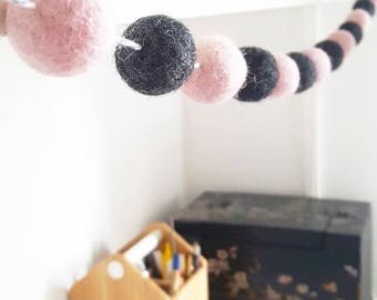 Dusty pink and dark grey felt ball garland 💟🖤
