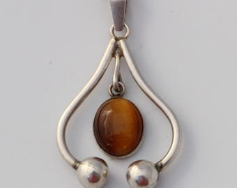 Tiger Eye Pendant Silver 925 Necklace modernist vintage