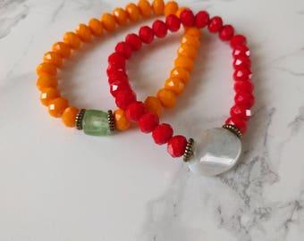 BOHEMIAN SET Leuke handgemaakte rode en oranje gekleurde boho armbandjes van glas en halfedelsteen (op voorraad)
