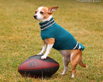Philadelphia Eagles sweater * Chihuahua sweater * Chihuahua clothing * Hand knitted chihuahua sweater * Chihuahua gift * small dog sweater